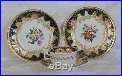 18th C Worcester Dr. Wall Period Tea cup saucer Plate flowers blue & white gold
