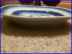 Antique Canton Chinese Export Blue & White Porcelain Scalloped Bowl 19th C