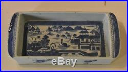 Antique Chinese Export Porcelain Canton Bulb Blue and White Tray, circa 1850