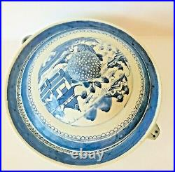 Antique Export Canton Warming Dish Porcelain Blue White 19 C Lid 1 Repair Under