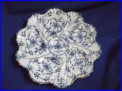 Antique TETTAU Germany Blue White Porcelain ONION/BAMBOO 8 1/4Oyster Plate MINT