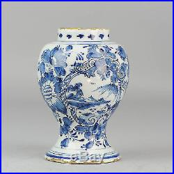 Ca 1700 antique delft vase Blue & white deftware