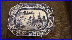 Chinese 18th Century Blue and White Export Platter Serving Dish 32.5 x 25.5 cm