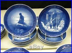 Run of 28 Royal Copenhagen Blue & White Christmas Plates 1962 1994 MINT (12)