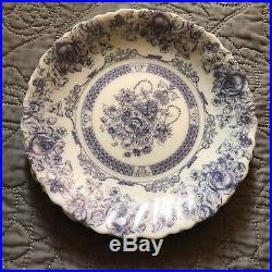 SET OF 13 ARCOPAL HONORINE FRANCE DINNERWARE (CUPS, PLATES, & BOWLS) Blue White