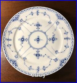 Set 5 Royal Copenhagen 704 Blue Fluted Half Lace 9.75 Dinner Plates