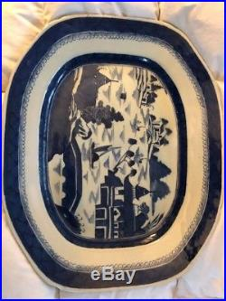 Vintage Antique Blue White Canton Chinese China Late 19th Century Platter