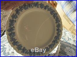 Wedgwood Etruria Barlaston Emboss Queens Ware Blue White 6 Dinner Plate 10 1/8